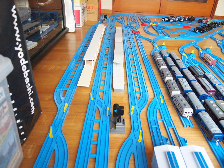 2面6線の小型化した幻想郷駅