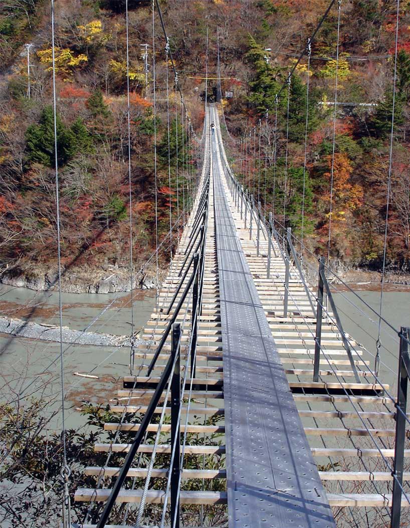 畑薙大吊橋23