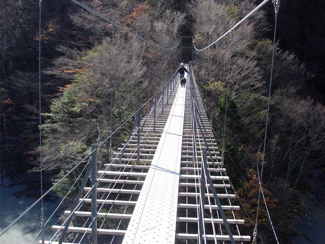 畑薙大吊橋24