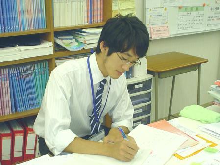 榊原講師です
