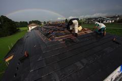 立山町、新築屋根工事[スーパートライ110FM306]と、梅雨の虹