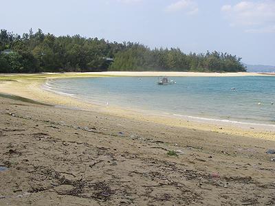 名護の海岸