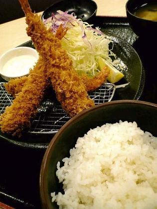 松乃家海老フライ定食2