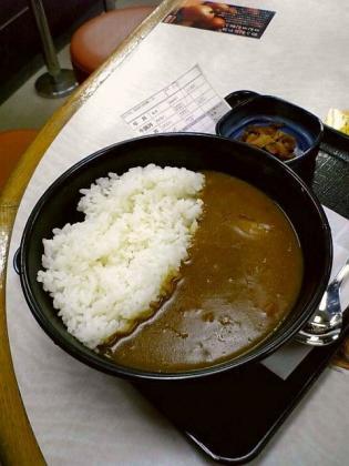吉野家、咖喱(カレー)こく旨カレー(並盛)330円2