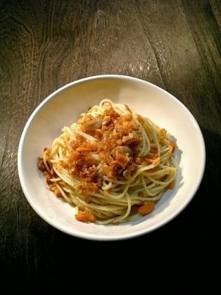 鮭フレークでスパゲッティ1