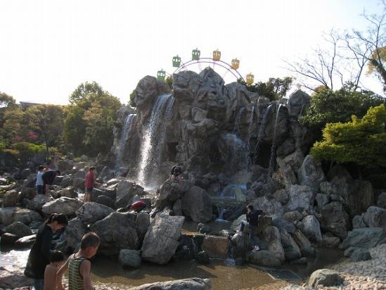 2010/04月/わんぱーくこうち滝2