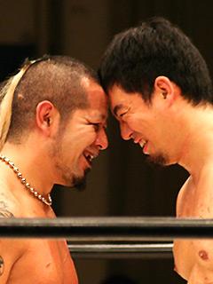 葛西vs伊東(睨み合い)