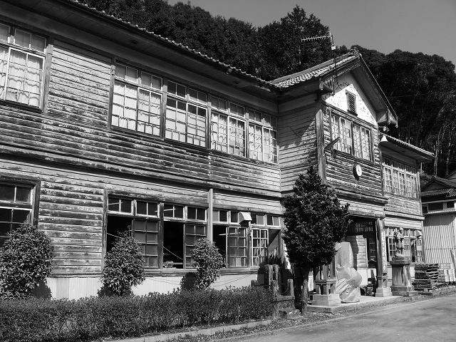 06_旧石神尋常小学校