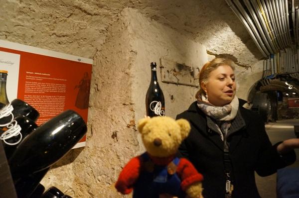 ワイン博物館お姉さん