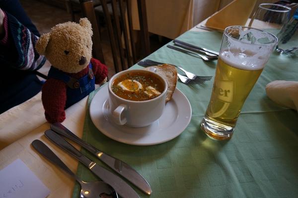 スープとビール