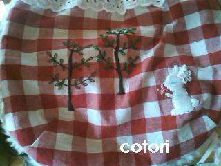 ガーリー刺繍巾着 1