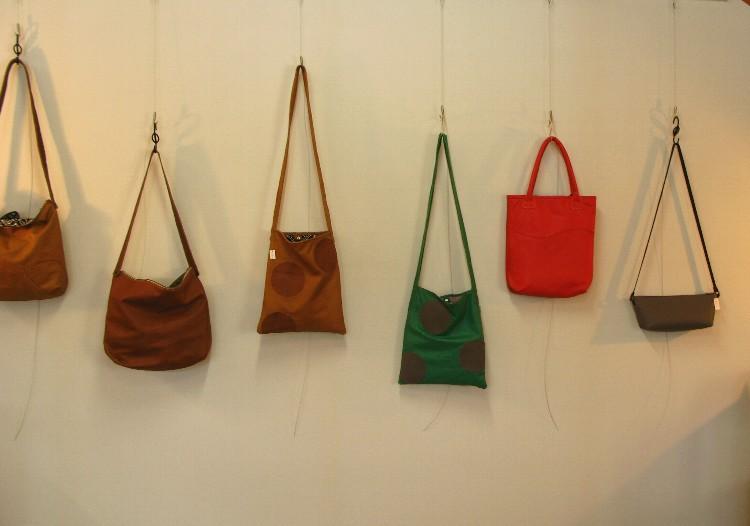 革こもの展2012-12