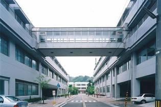 渡り廊下で接続された建物(別棟扱い)