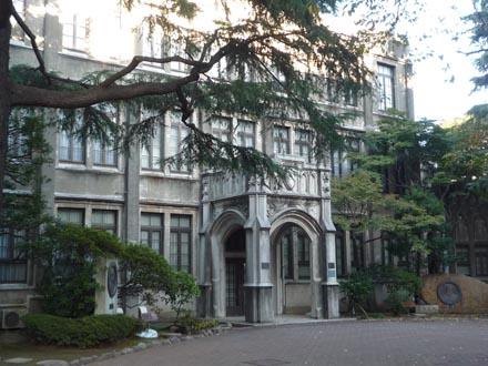 学院本部・礼拝堂③