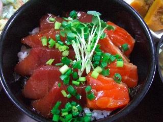マグロ丼1206