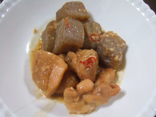 鶏とこんにゃくの味噌煮