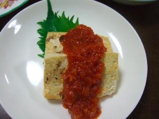 豆腐ステーキ、トマトソース
