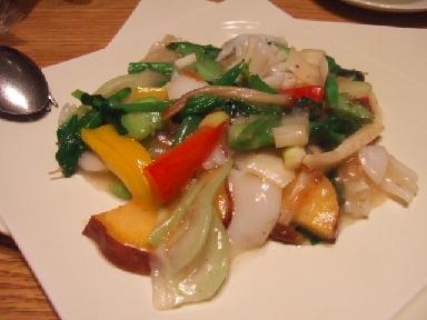 いかと季節野菜の炒め物