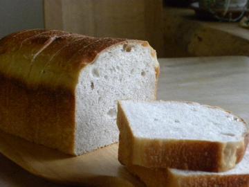黒いちじく酵母の食パン