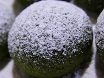 抹茶のスノーボール