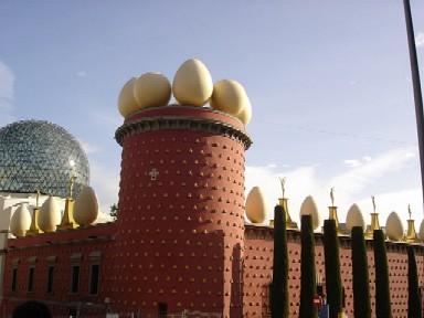 卵とパンの壁