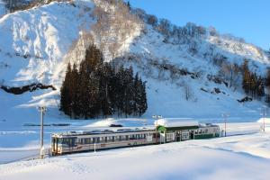 雪の只見駅