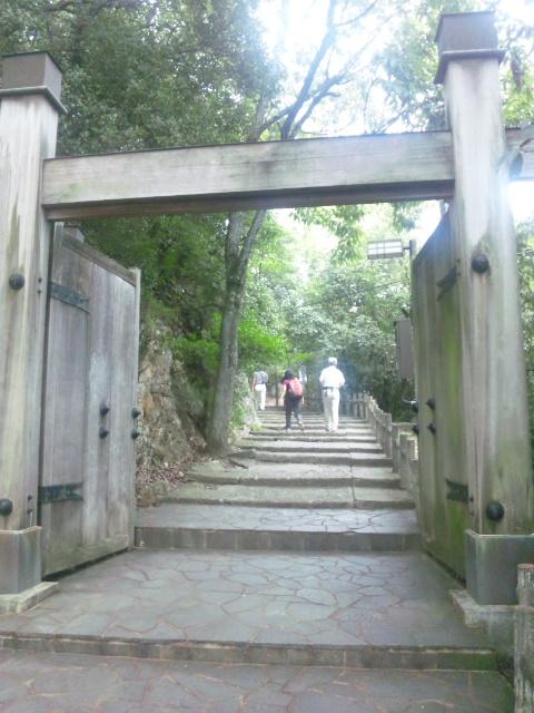 二の丸・冠木門