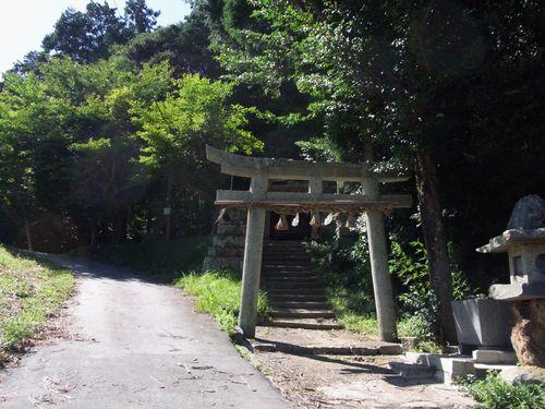 赤猪岩神社1