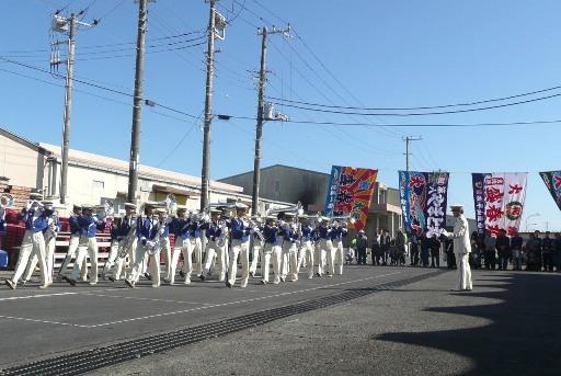 オープニングを飾る大洗高校のマーチングバンド