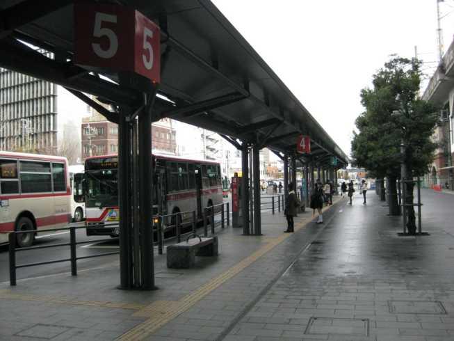 100121バス停(サイン)1