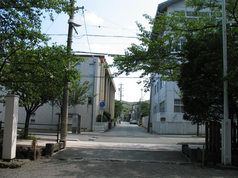 Tsukiyomi-san-MAWAREMIGI.jpg