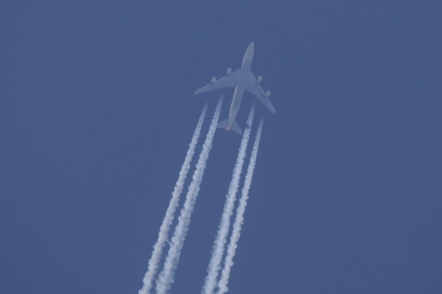 JAL747 飛行機雲