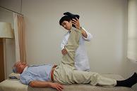 5 石腰痛治療 足アゲ