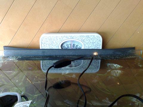 水槽の重さ