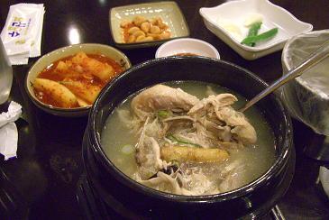 新沙参鶏湯