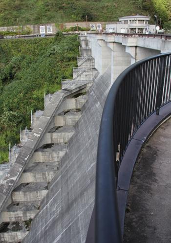 早池峰ダム-3
