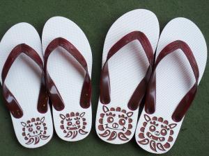 sima-sandal+001_convert_20100213141634.jpg