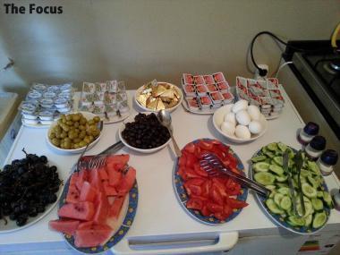 トルコ 朝食 バイキング