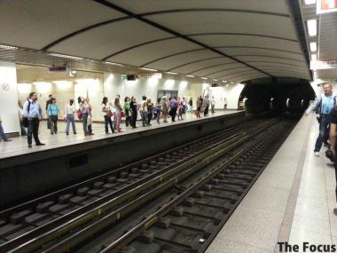 ギリシャ アテネ 地下鉄