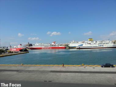 ギリシャ ピレウス 港