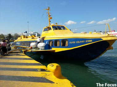 ギリシャ ピレウス 船