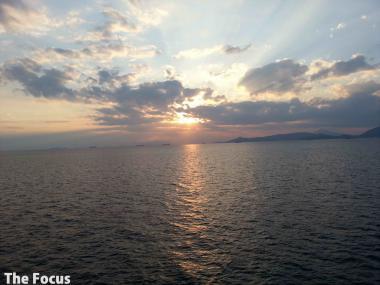 ギリシャ 船 夕日