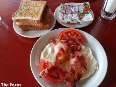 サモス島 朝食