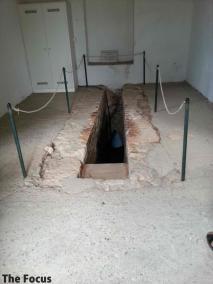 サモス島 洞窟