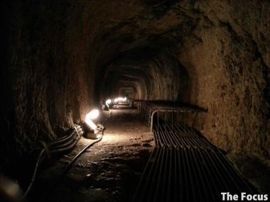 サモス島 洞窟 奥
