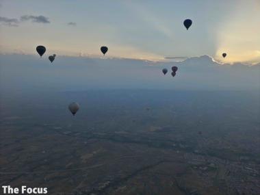 カッパドキア 気球 旅行