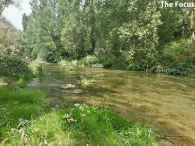 ウフララ渓谷 川