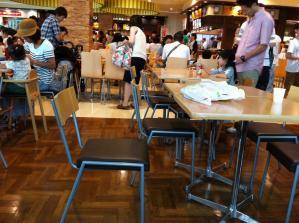 麺飯甜 店内2