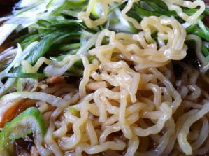 寿々喜そば屋 鳥中華 麺アップ