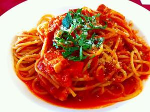 Buono(ボーノ) トマトソースとベーコンのスパ